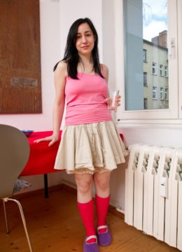 Girl next door Brooklyn strips to her socks and plays